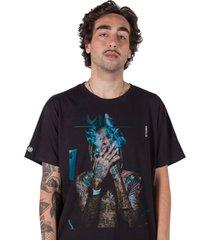 camiseta masculina stoned wiz khalifa smoke