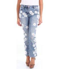 110206 skinny jeans