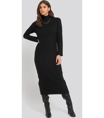 na-kd trend high neck ribbed ankle length knitted dress - black