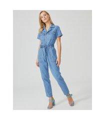 amaro feminino macacão jeans bolso cargo manga curta, azul médio