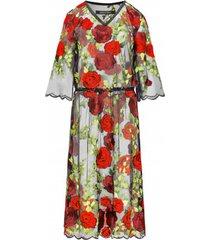 sukienka koronkowa haftowana w róże