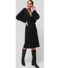 na-kd party deep v neck batwing lurex dress - black