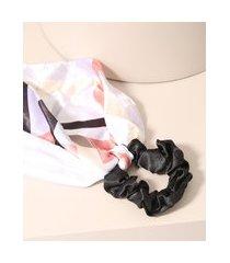 elástico de cabelo scrunchie com lenço estampado preto