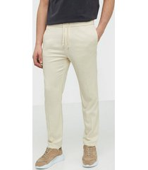 whyred young byxor beige