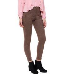 pantalón marrón agustina dominguez manu