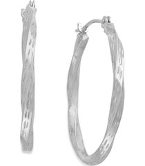 diamond-cut hoop earrings in 10k white gold