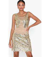 nly trend dance sequin dress paljettklänningar