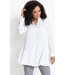 blouse met parelknopen