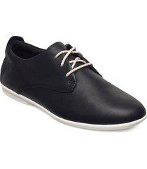 un coral lace snörade skor låga svart clarks
