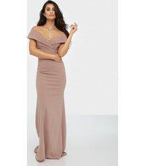 tfnc nishana maxi dress maxiklänningar