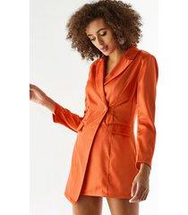 chaqueta de manga larga con diseño de botones de cuello de solapa naranja yoins