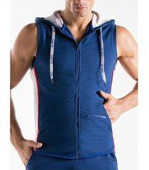 trainingsjack code 22 mouwloos vest met kap thrust code22
