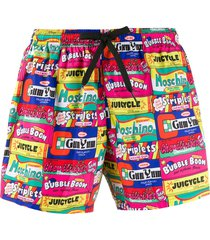 moschino chewing gum print swim shorts - pink