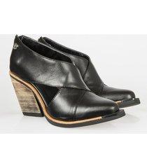 zapato negro heyas helectra14