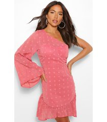 dobby mini jurk met eén open schouder en uitlopende mouwen, blush