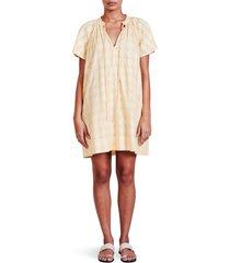 apiece apart sur clip dot shift dress, size xx-large in golden haze at nordstrom