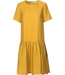 mille short sleeve dress in honey