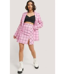 na-kd kort kjol med slits - pink