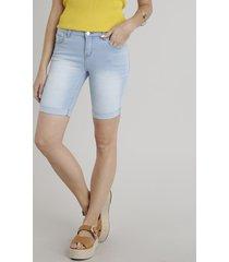 bermuda jeans feminina ciclista barra dobrada azul claro