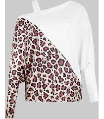 camicetta di formato plus vintage con spalle scoperte stampa leopardata