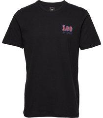 chest logo tee t-shirts short-sleeved svart lee jeans
