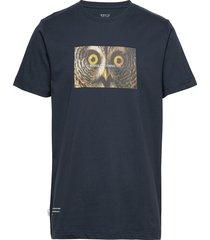 stare t-shirt t-shirts short-sleeved blå makia