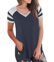 camiseta de manga corta con cuello en v y patchwork cruzado azul marino