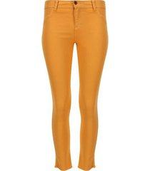 pantalón dril desflecado color amarillo, talla 6