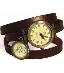 skórzany zegarek z inicjałami alexa
