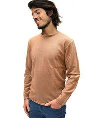 sweater camel vinson control
