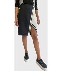 falda hering negro - calce regular