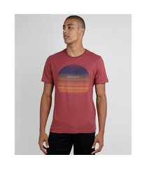 camiseta masculina pôr do sol manga curta gola careca vinho