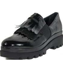 zapato mocasin flecos elastico negro mailea