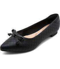 baleta negra moleca