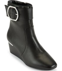 dkny women's lucy buckled booties