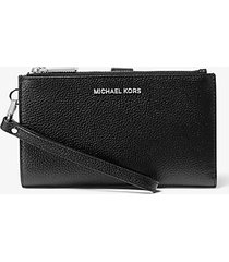 mk portafoglio per smartphone adele in pelle martellata - nero (nero) - michael kors