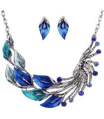 set collana e orecchini con pendenti a goccia di cristallo a forma di foglia e pavone