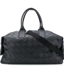 bottega veneta maxi intrecciato leather duffle bag - black