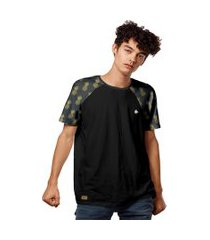 camiseta raglan abacaxis padráo pineapple