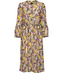 3388 - estelle dress/l knälång klänning multi/mönstrad sand