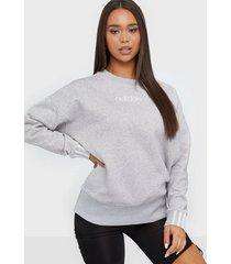 adidas originals coeeze sweat sweatshirts grå