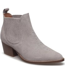 leila s shoes boots ankle boots ankle boot - heel beige shoe the bear