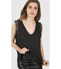 blusa negra vindaloo lino crepe