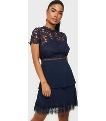 ax paris lace mini dress fodralklänningar