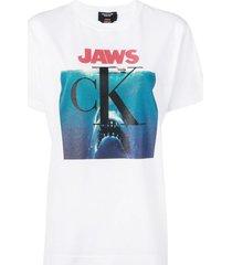jaws logo t-shirt