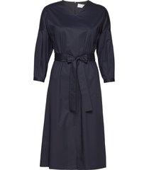 dutama knälång klänning blå boss