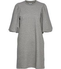 emmaline dresses t-shirt dresses grå mbym