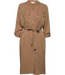 emissa shirt dress jurk knielengte bruin minus
