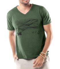 camiseta estampa linhas tze verde - kanui