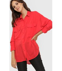 camisa roja odas oversize cargo